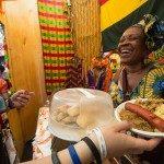 Cucina ghanese e piatto in Mater-Bi_ph Max Valle