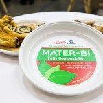 Piatto in Mater-Bi presentato alla Fiera K 2016 a Dusseldorf