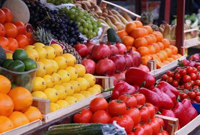 Rinnovabile e compostabile, il sacchetto del futuro per frutta e verdura è italo-francese