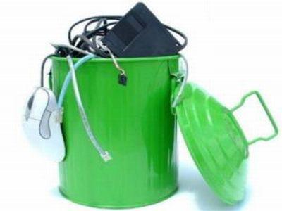 Rifiuti elettronici, il riciclo fa bene all'ambiente