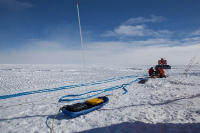 In cerca del ghiaccio più antico del mondo, scienziati in diretta dal Polo Sud a Explora
