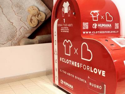 'Clothes for love', la raccolta degli abiti usati diventa hi-tech