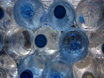 """""""Vuoto a rendere per gli imballaggi in plastica? Soluzione costosa"""""""