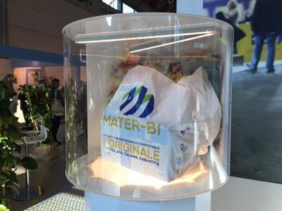 Più di 5 mln di europei utilizzano sacchi in Mater Bi