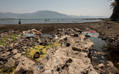 Mare, in Italia inquinato un punto ogni 59 km
