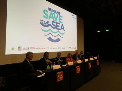 Il cinema italiano dice no alla plastica