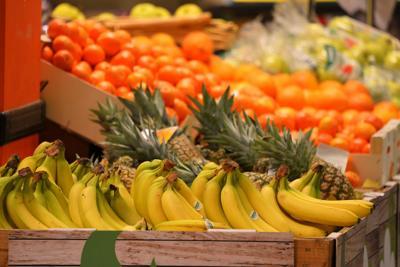 Al mercato di Porta a Palazzo a Torino il cibo non si spreca